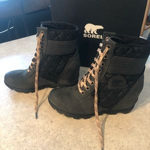 Sorel Lexie Wedge Boot Sz. 9.5